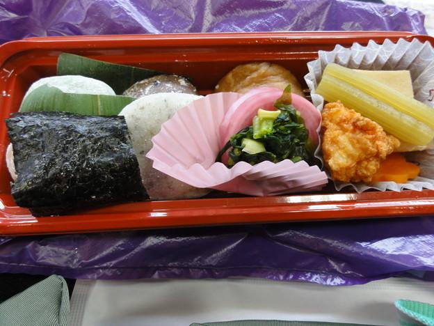 東京もちべん=大福餅弁当!