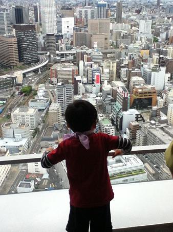 20120504梅田スカイビル 空中庭園展望台より