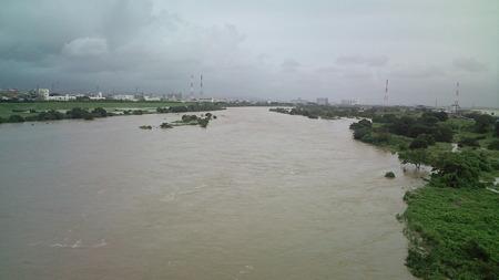 今日の川 まだ怒ってます
