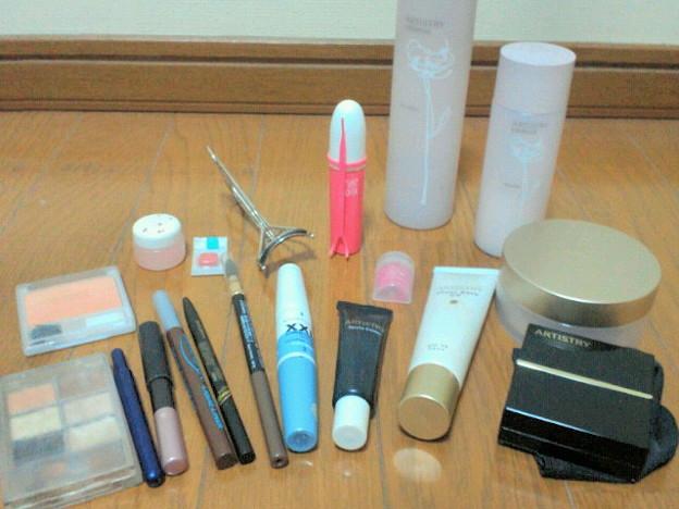 写真: お化粧道具:何か色々と… ガッツリのときと女装するときは二重する且...