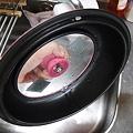 写真: ニコパンの蓋を洗っていたら異変を感じた!