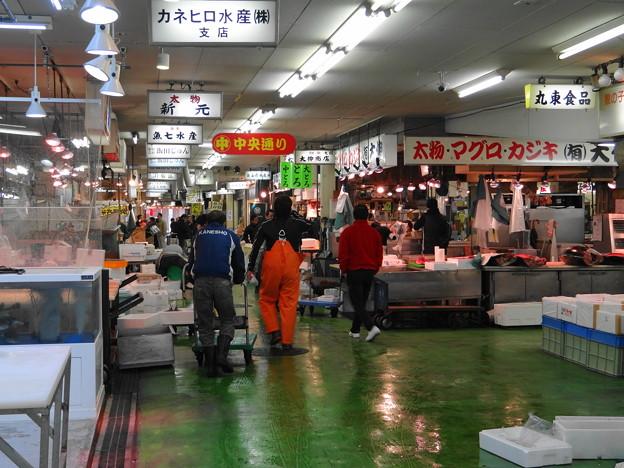 名古屋:柳橋市場の朝景