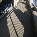 山手ハイツ 廊下の影_02
