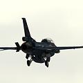 F-2B Approach3