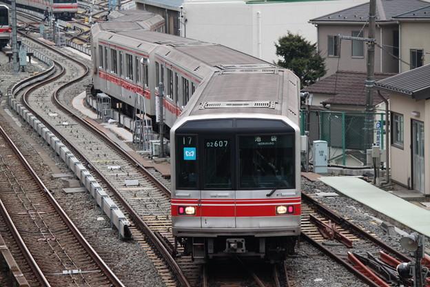 丸ノ内線02系 02-107F - 写真共...