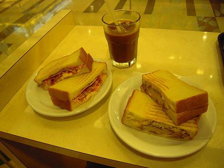 姫路駅の朝食s