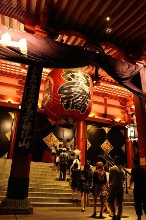 浅草寺詣での夜