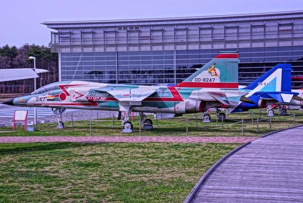 HDR・・昔の航空自衛隊機F-1支援戦闘機
