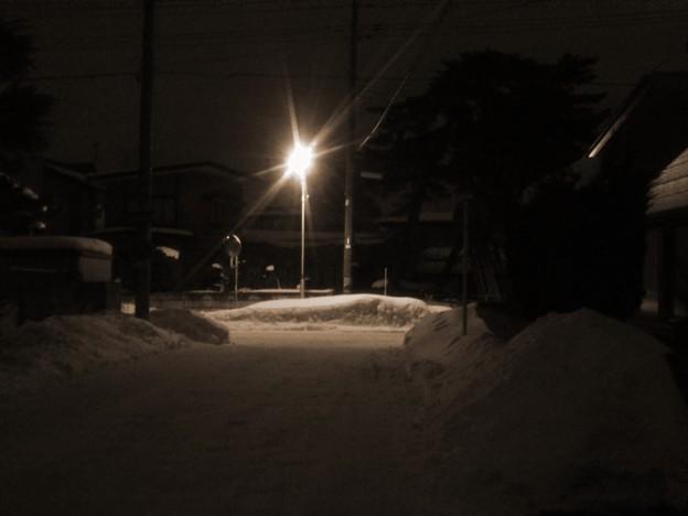 街路灯と突き当たり