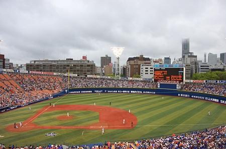 雨の横浜スタジアム